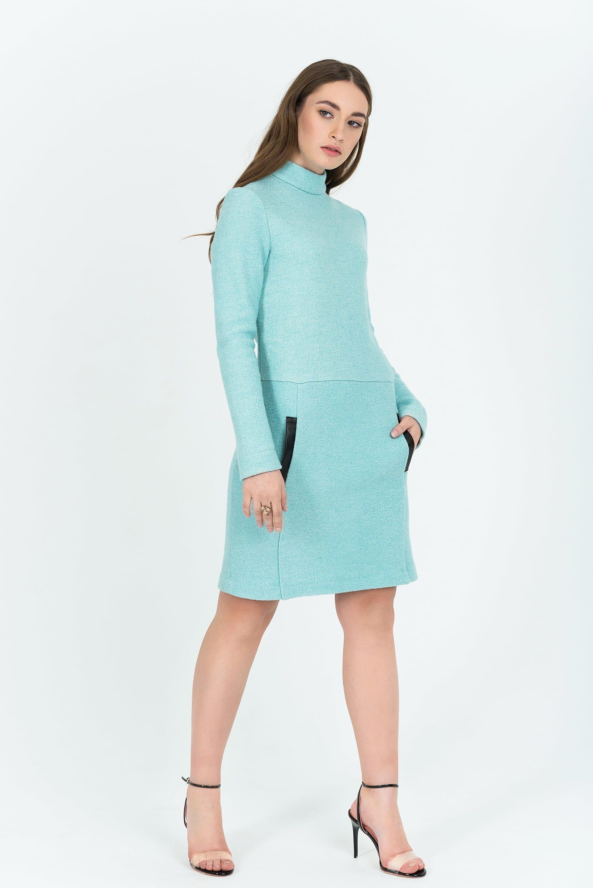 Платье из букле А-образного силуэта