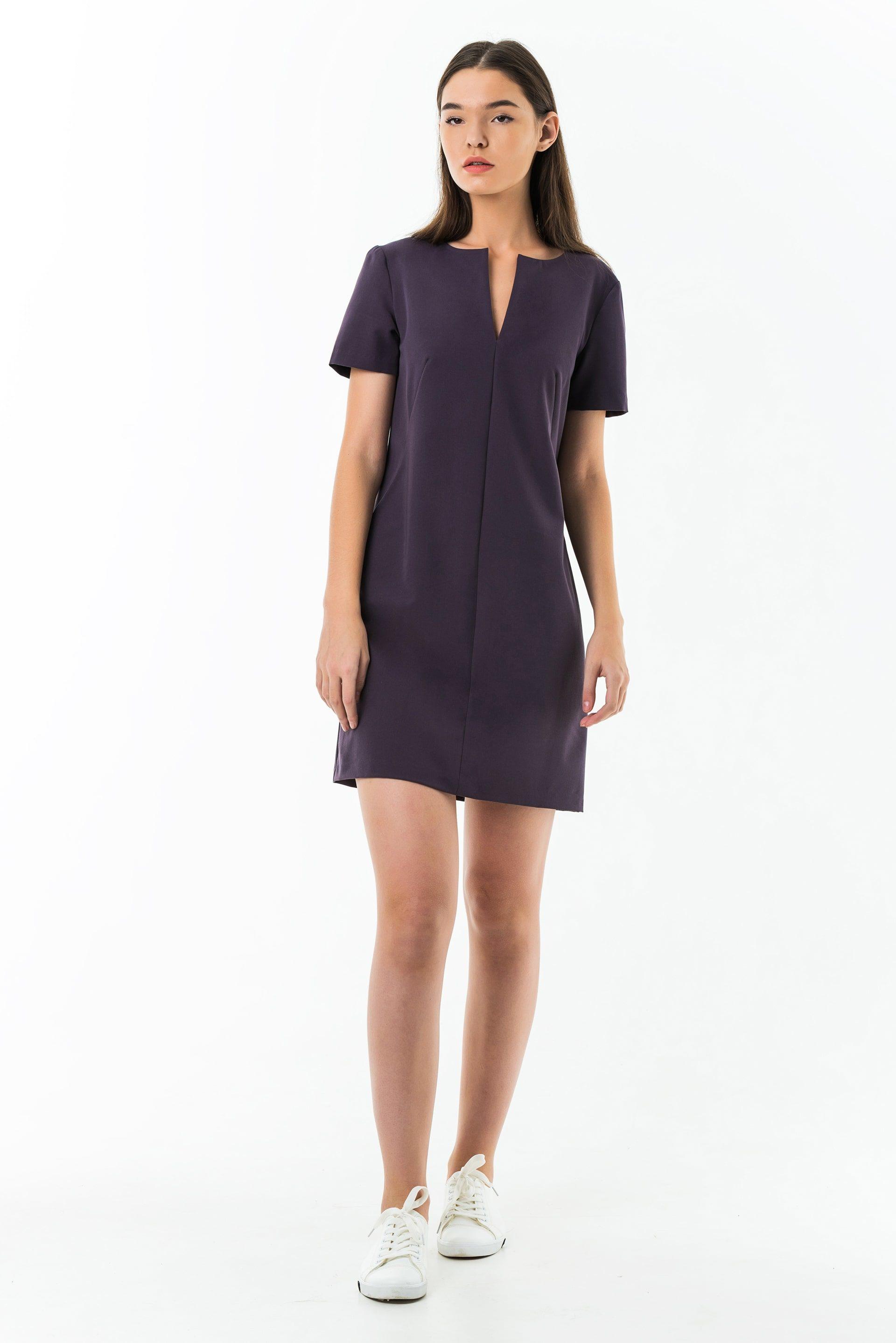 Платье с коротким руковом