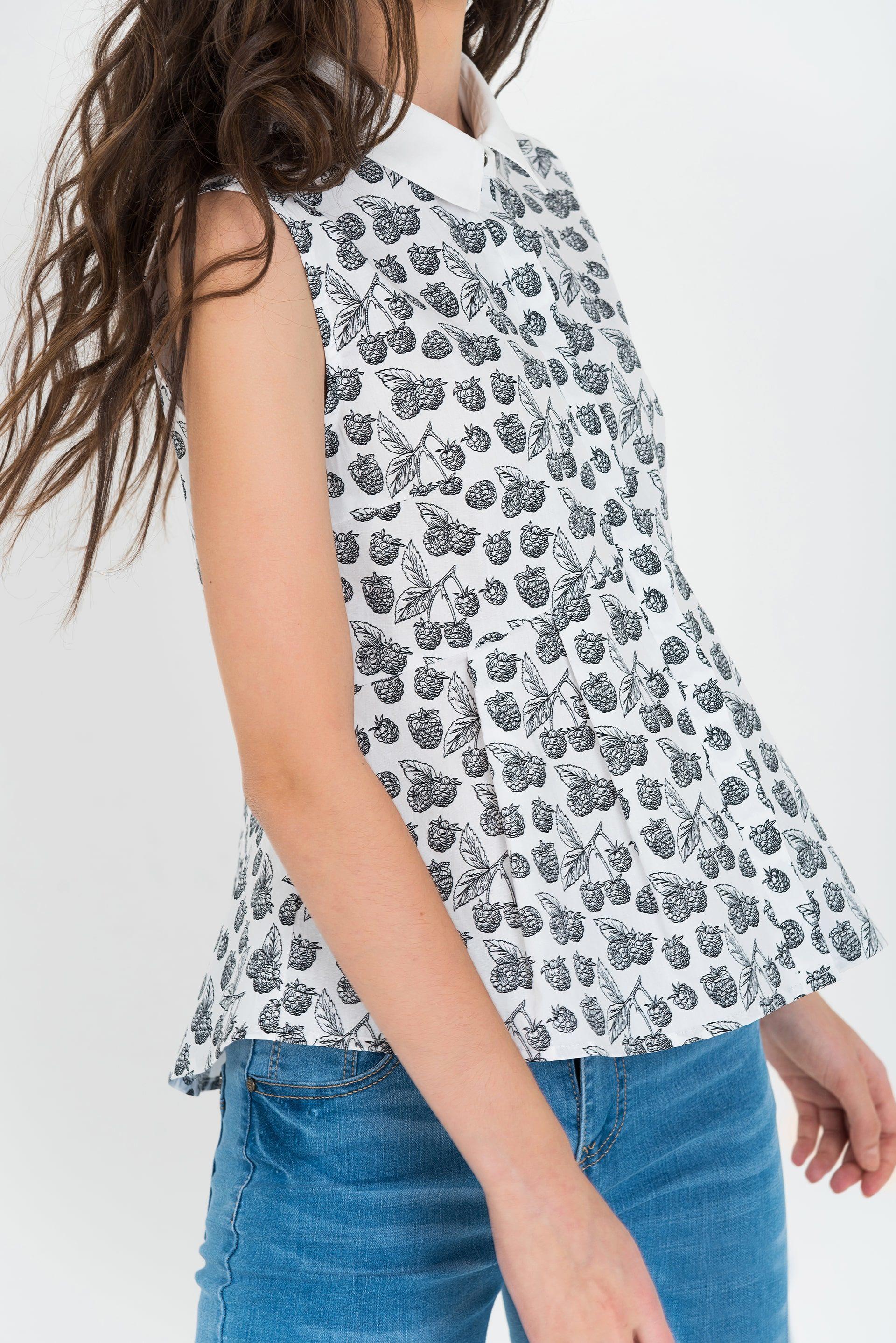 Блузка с мягкими складками