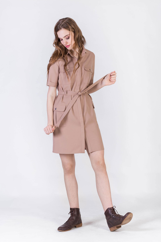 Платье с карманами и поясом